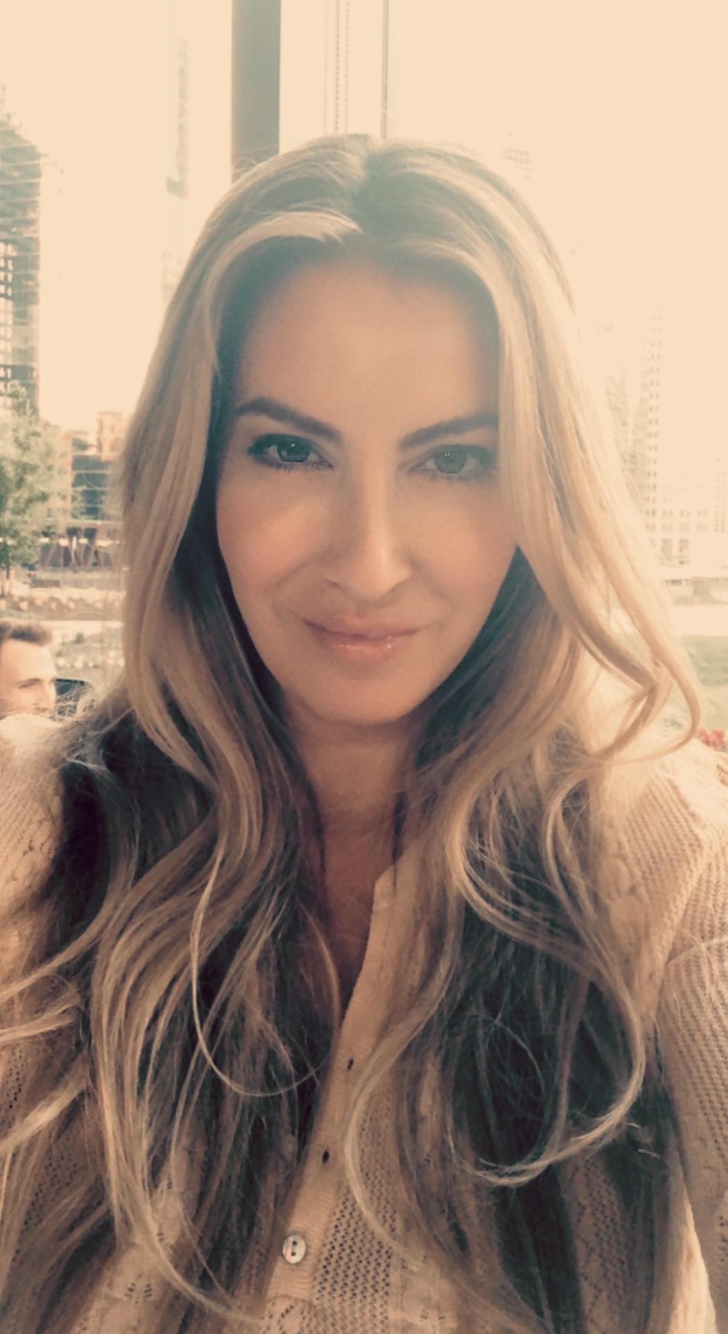 Christina Alvarez : Business Development Manager
